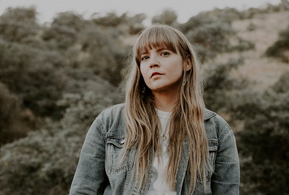 Courtney Marie Andrews – « If I Told » (Extrait de Old Flowers )