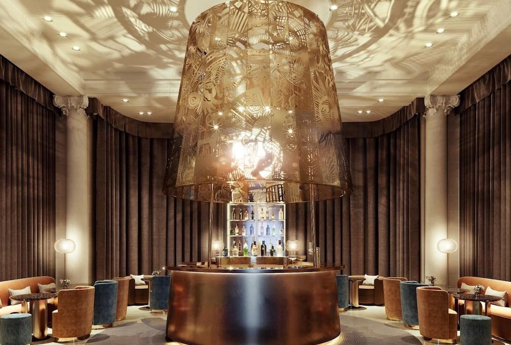Le nouveau Ritz Bar (Paris), le rituel spectaculaire des astres