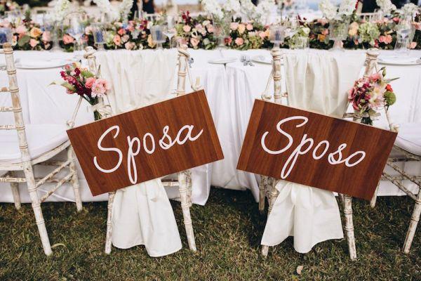 destination-mariage-en-sicile-chaise-signes
