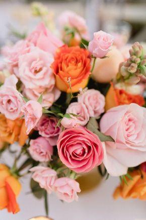 centre de table de mariage rose et orange