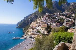 positano-amalfi-coast-italy-beach-vacation
