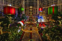 Gaylord Texan Resort Rings In Holidays