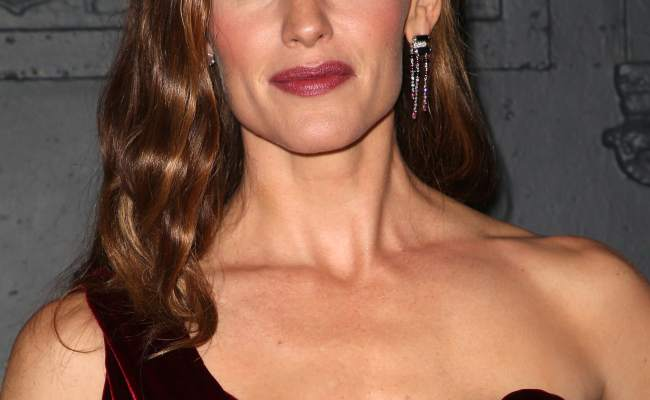 Jennifer Garner Has A New Boyfriend And Things Are Getting