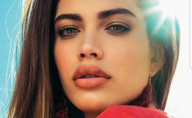 Who Is Valentina Sampaio 10 Facts About Victoria S Secret