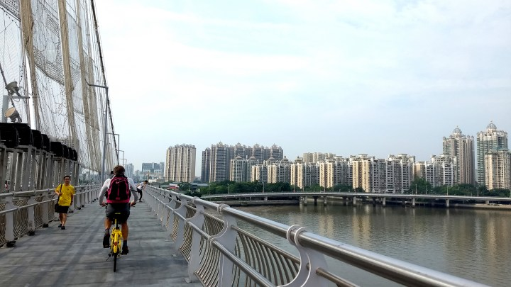 Riding Ofo & Mobike Dockless Bike-Share Bikes in Hong Kong and Guangzhou
