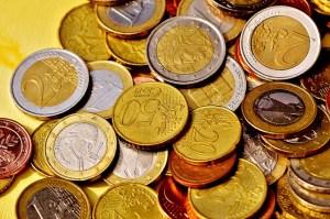 Wie lange dauert Geldüberweisung aus dem Ausland nach Deutschland im Test