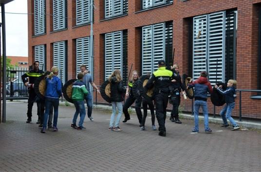 roefelen-jeugdaktiviteiten-JAM-markelo-PolitieHofvanTwente-Roefeldag-MMHN_20160525 (121)