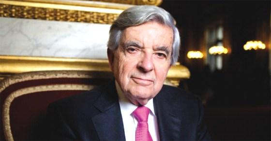 Chevènement charge Valls