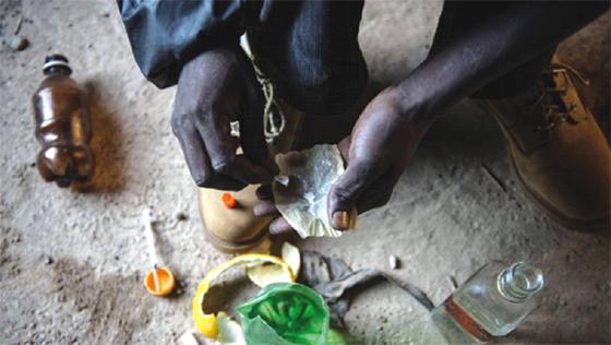Des drogues produites par des laboratoires clandestins en Afrique inondent l'Algérie