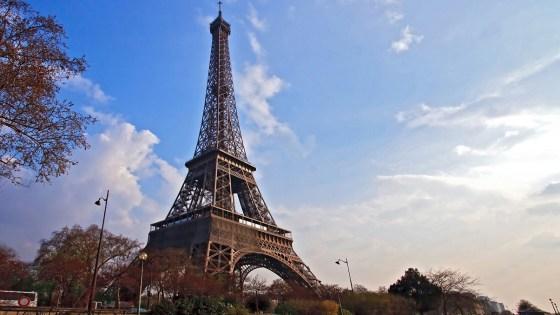 Paris cible le 5 juillet pour honorer «ses» Harkis