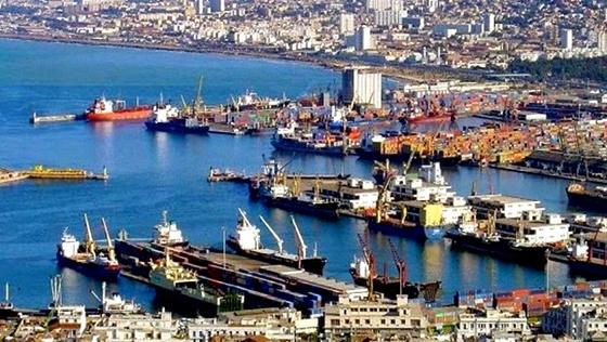 Port d'Alger : La nouvelle clôture embellit la capitale et sa baie