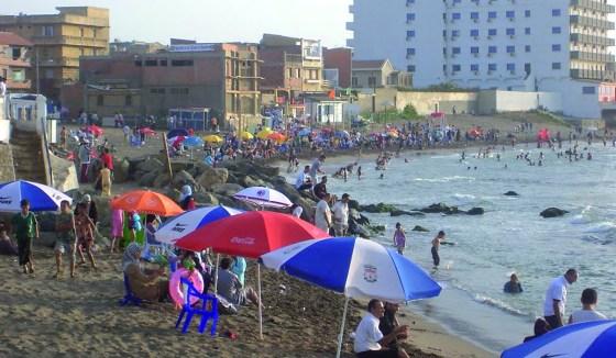 un demi million d'Algériens ont fêté l'Aïd sur les plages