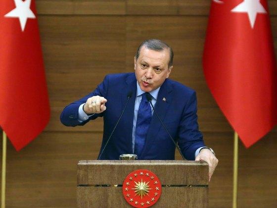 Erdogan accuse le patron de l'armée US de soutenir les putschistes