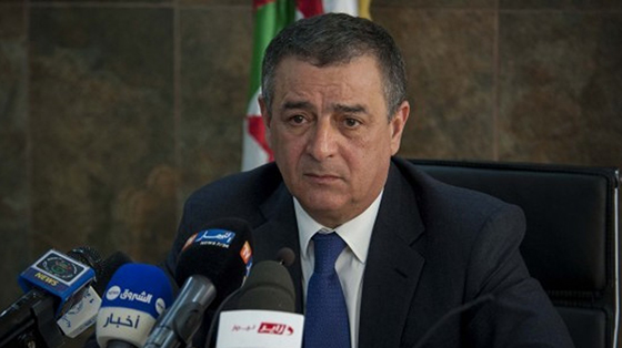 Bouchouareb réaffirme l'ambition de l'Algérie de développer la pétrochimie
