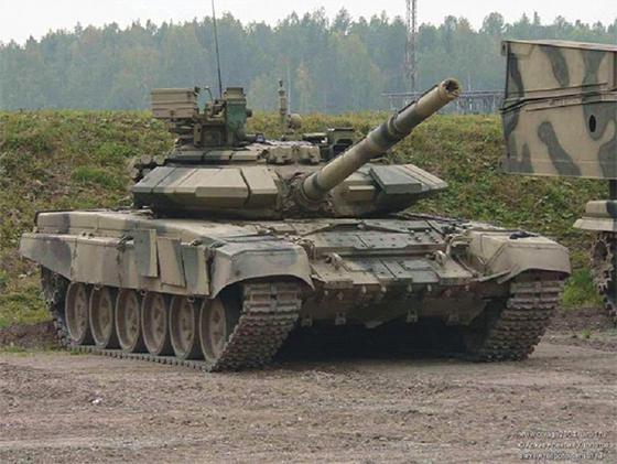 67 sur 200 chars de combat T-90SA russes livrés en juillet à l'ANP