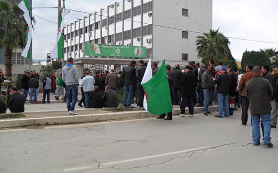 Les communaux de Béjaïa reprennent le chemin de la protestation