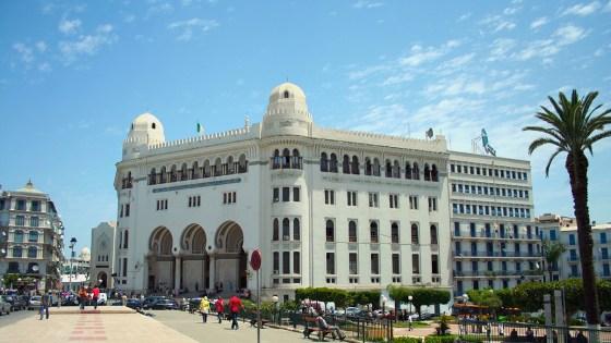 Aid El Adha : Algérie Poste assure de la disponibilité des liquidités