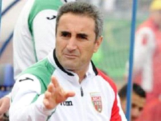 MCA : Djamel Menad met en garde ses joueurs