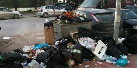 Les rues d'Alger envahies par les déchets après l'Aïd-el-Adha