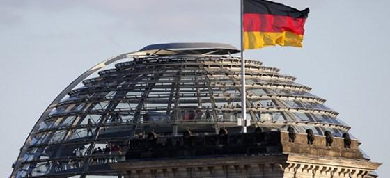 Vingt-sept ans de réunification après la chute du mur de Berlin
