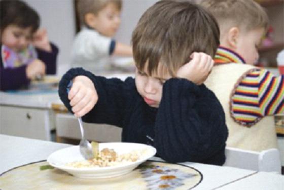 Le goûter donné aux enfants constitue un «danger» pour leur santé