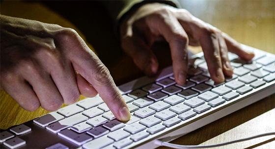 Les USA «prêts» à lancer une cyberattaque contre la Russie