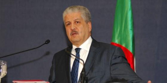 Sellal réitère le soutien absolu de l'Algérie à la Tunisie