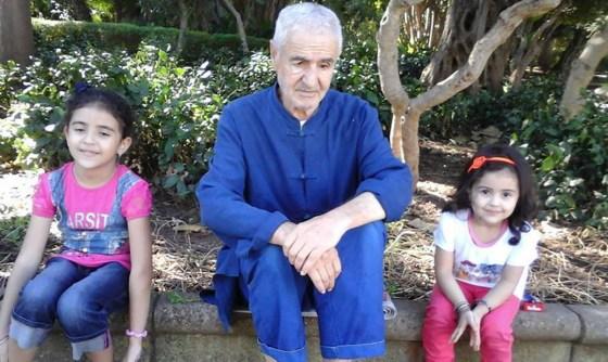 Amar Ezzahi rejoint Zanouba à l'âge de 75 ans