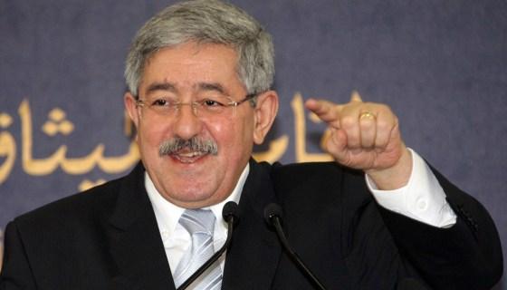 Ouyahia «remercie» le secrétaire du RND à Constantine