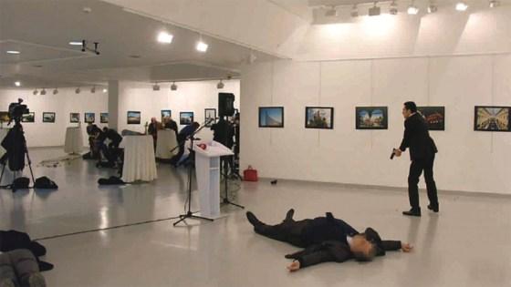 Assassinat de l'ambassadeur russe en Turquie : à qui profite le crime ?