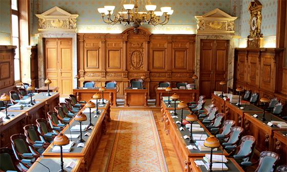 Un collectif de 42 avocats étrangers sur place pour exiger un procès équitable