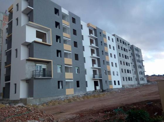 AADL: Augmentation du nombre des logements prévus à 470.000 unités