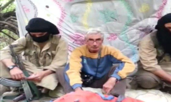 Vidéo: Un français enlevé par un groupe armé à Bouira