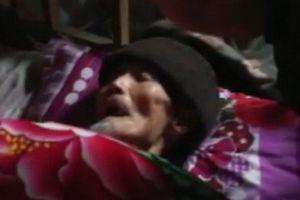 Un homme décédé se réveille dans son cercueil pendant les funérailles