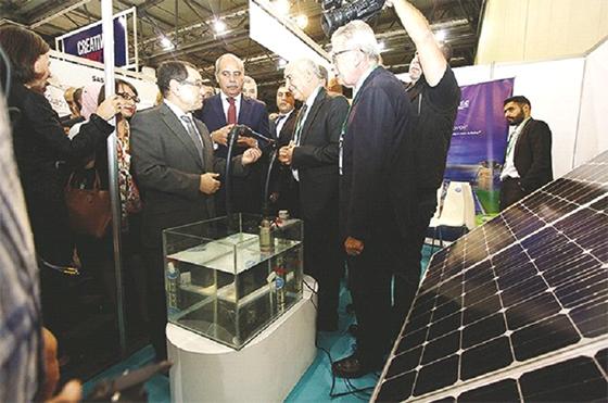 L'Algérie s'engage à développer les énergies propres sur 20 ans
