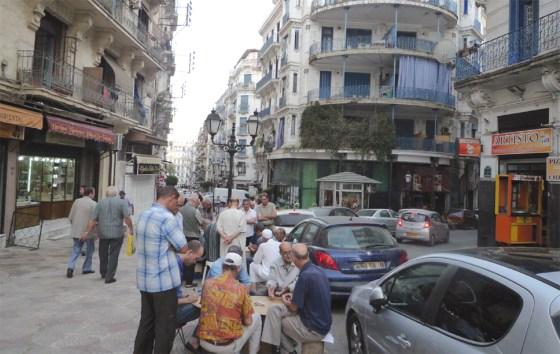 La hausse des taxes contenues dans la LF 2017 : L'Algérie trop chère