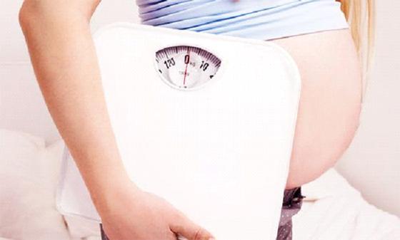 La prise de poids après un accouchement liée  au mode de vie