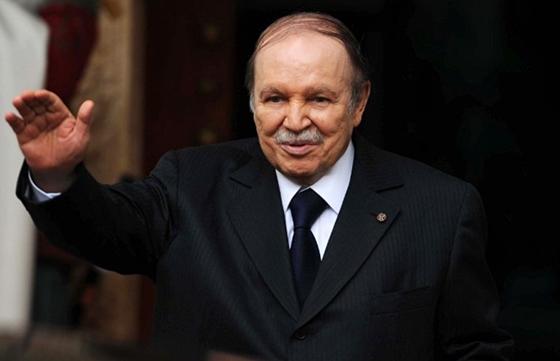 Le Président Bouteflika félicite son homologue tunisien