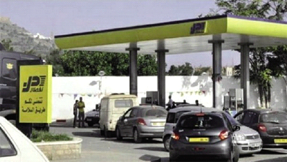 Comment le carburant de la station d'essence de Dar El Beida part au Maroc