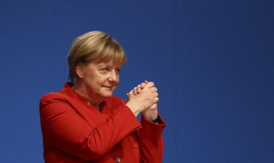 La visite de Merkel reportée en raison d'une « bronchite» du Président