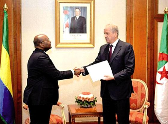 Message du président gabonais au président Bouteflika