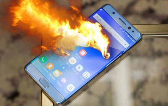 Samsung plombé par le Note 7, Apple par sa pratique fiscale