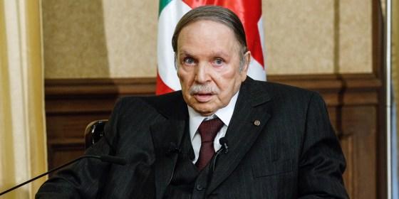 L'appel du président Bouteflika : «Sortir de la dépendance excessive des hydrocarbures»