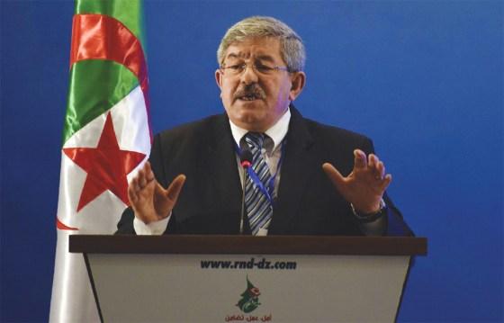 Ouyahia Dans un meeting à Oran : «la crise va durer»