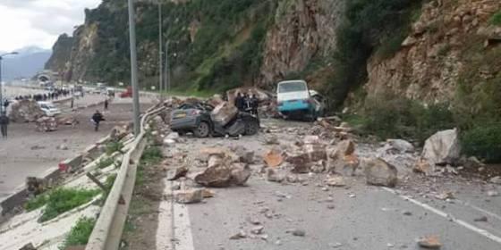 Béjaia : Deux personnes ensevelies suite à un éboulement