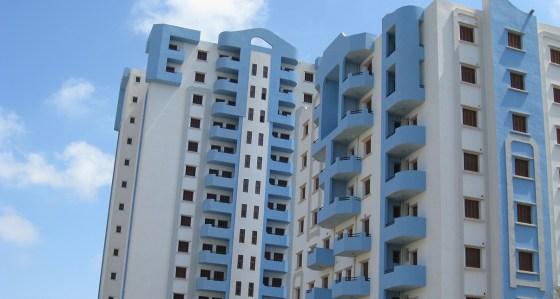 Des cités AADL à l'abandon dans un décor affligeant