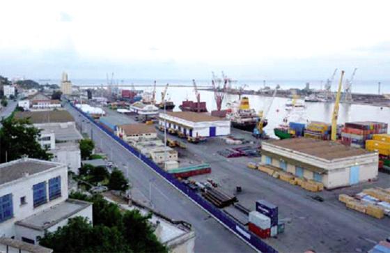 Le port prend une batterie de mesures de facilitation
