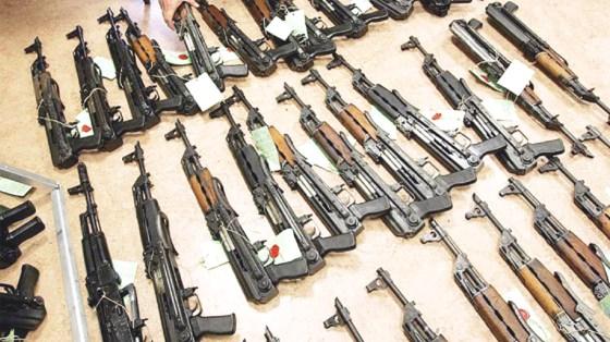 L'Algérie alerte la Tunisie sur un grand trafic d'armement aux frontières