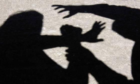 Oum El-Bouaghi: Il la tue et brule son corps