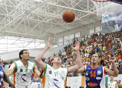 Championnat national de Basket-ball : Chaude explication à Hydra